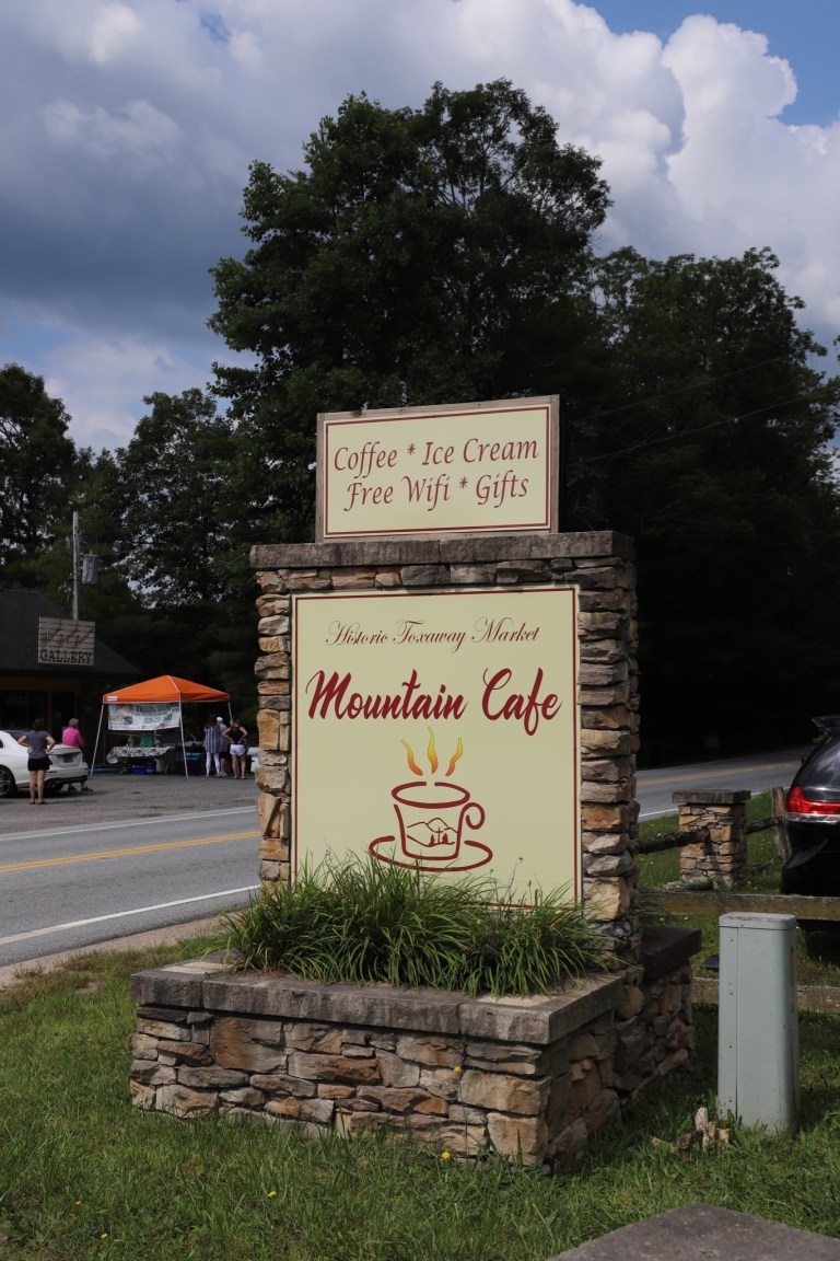 Historic Toxaway Mountain Market Cafe