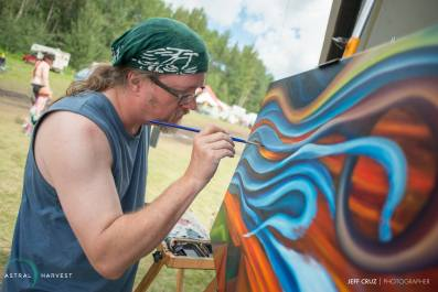 Live Painting at Astral Harvest Festival, July 1 2016. Photo by Jeff Cruz