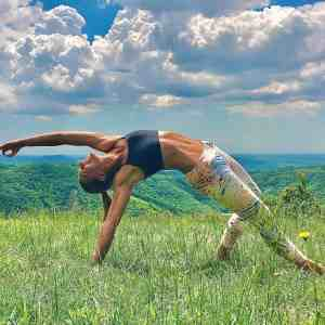 Online yoga lesson nature beginner