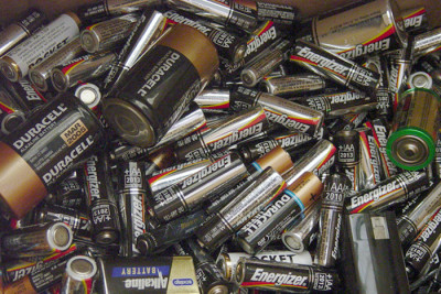 batteries sml1 400x267 Should I Recycle My Old Disposable Batteries?