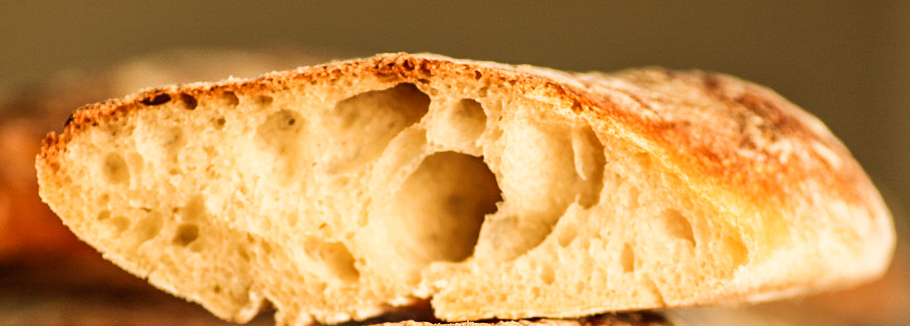 Picture of a slice of a baguette.