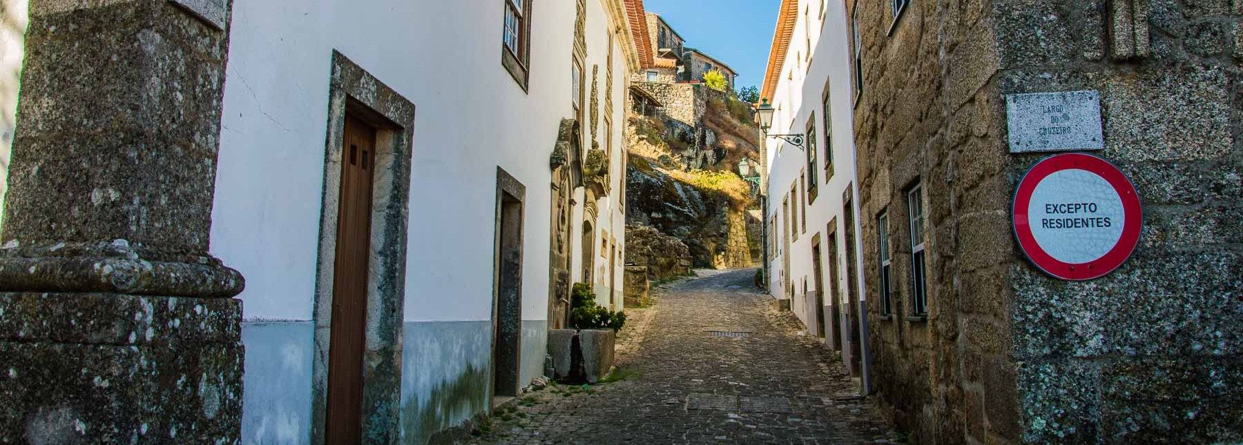 What You Need to Know About Renting a Car in Portugal | Earth Trippers