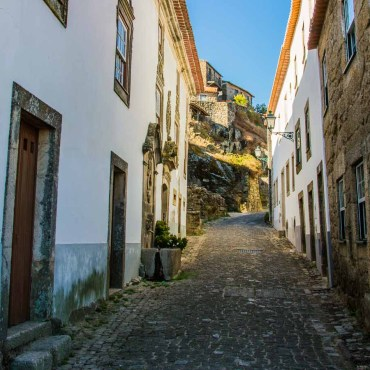 What You Need to Know About Renting a Car in Portugal