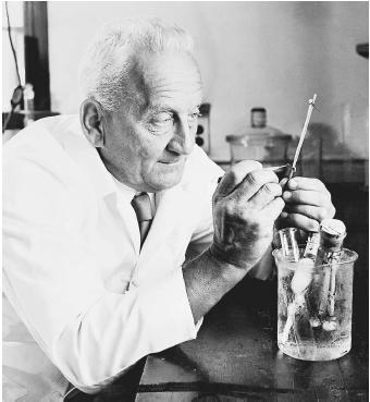 Dr Albert Szent-Gyorgyi2