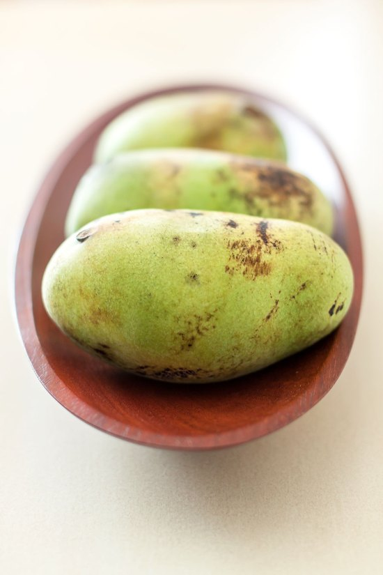 Pawpaws-in-bowl-low-angle