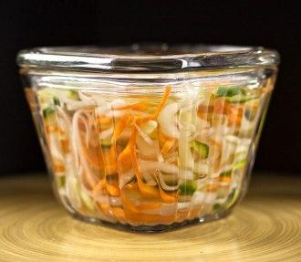 Vietnamese Pickled Vegetables (Do Chua)