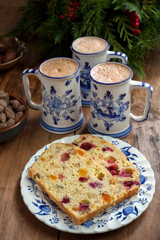 Hot chocolate with cranberry-nut bread