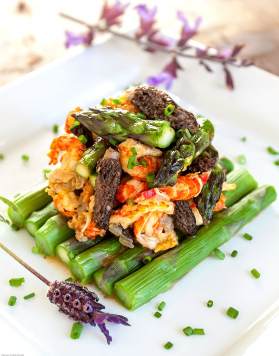 Crayfish with Morels and Asparagus