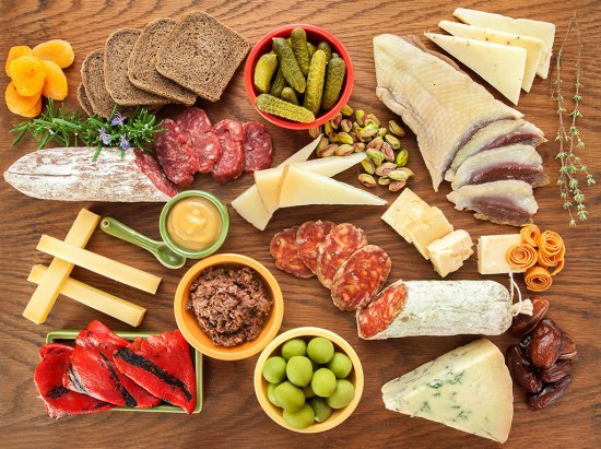Cheese & Charcuterie Board: The Basics