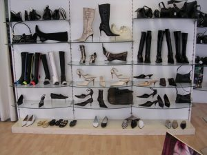 Shoes & Sports Stores