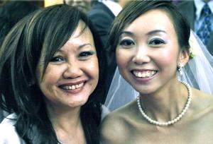 Ying Kheng (left) & Sonia