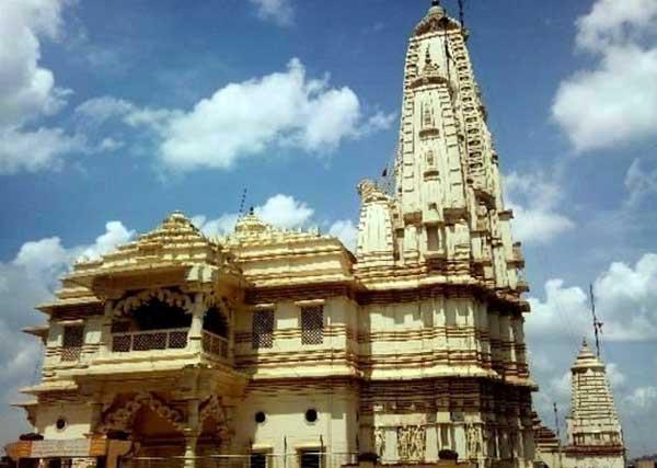 The Hindu Temple: on Sikh Street.