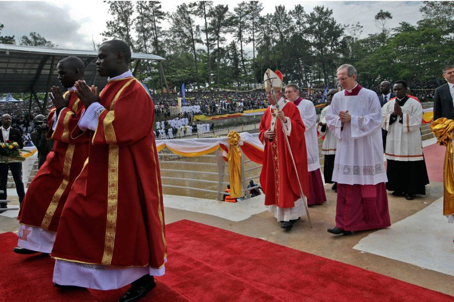 Namugongo Uganda Martyrs Shrine Pop Francis Visit