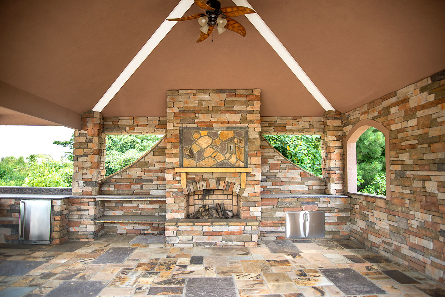 Outdoor Image Galleries for Inspiration on Covered Outdoor Living Area id=33662