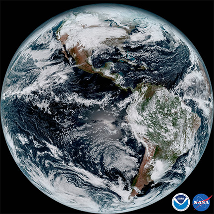 New weather satellite sends first images to earth