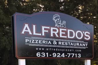 Alfredo's carved sign
