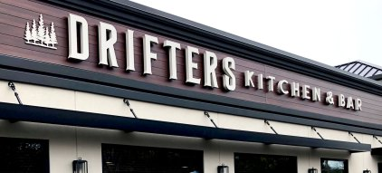 Drifters Kitchen and Bar exterior signage