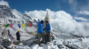 Mountain trekking nepal