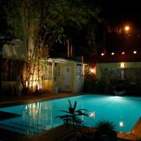 PATIO SAN JOSE: For intimate time with family and friends