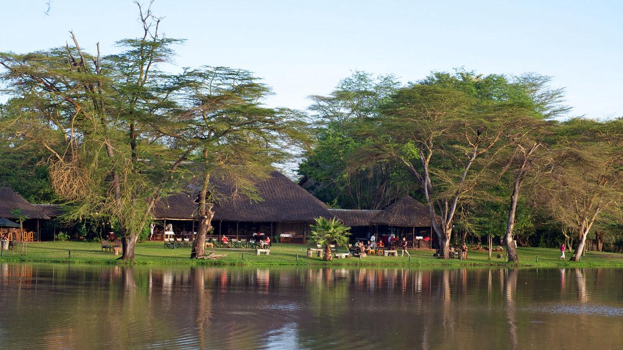 Voyager Ziwani Camp