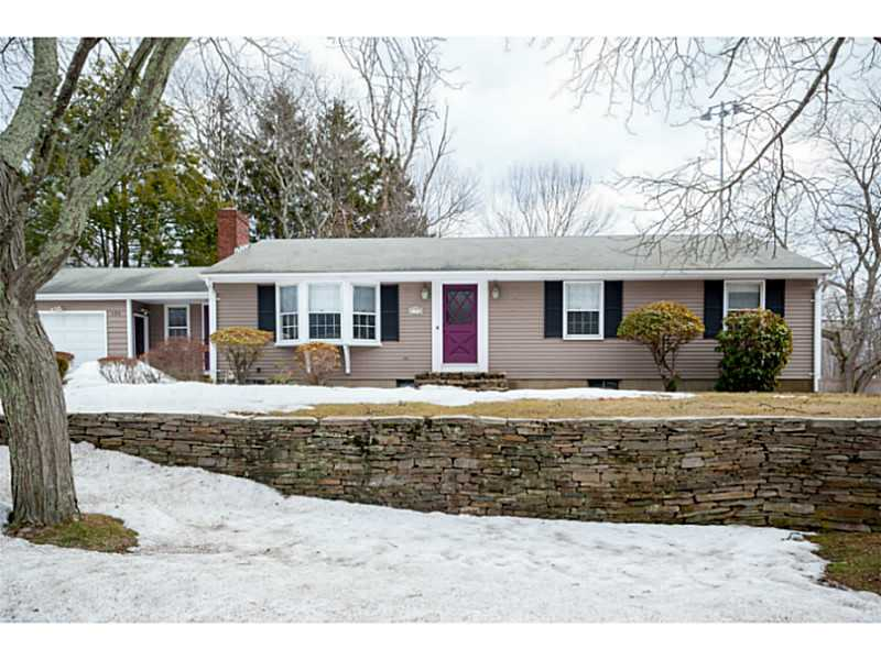 Showcased Home: Lots of Living Space at 120 Knollwood Avenue