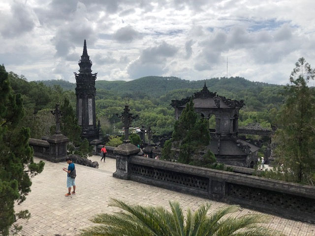 day trip to hue from hoi an