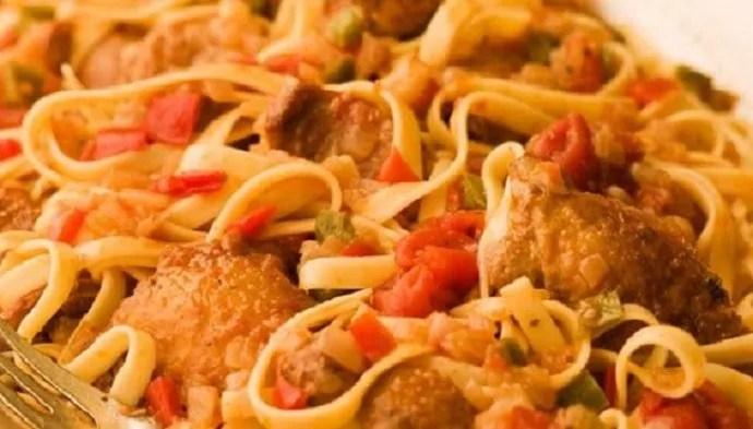Tagliatelle with Braised Chicken