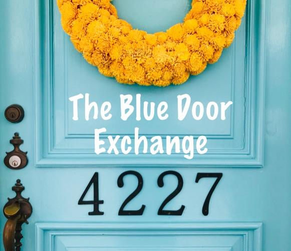 Superieur Blue Door