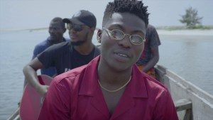VIDEO: Reekado Banks – Rora (Acoustic Version)
