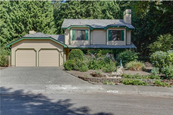 Fantastic two story home in Sunrise on English Hill.