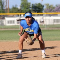 Jelly Felix Hosts Softball Fielding Clinic in Alhambra