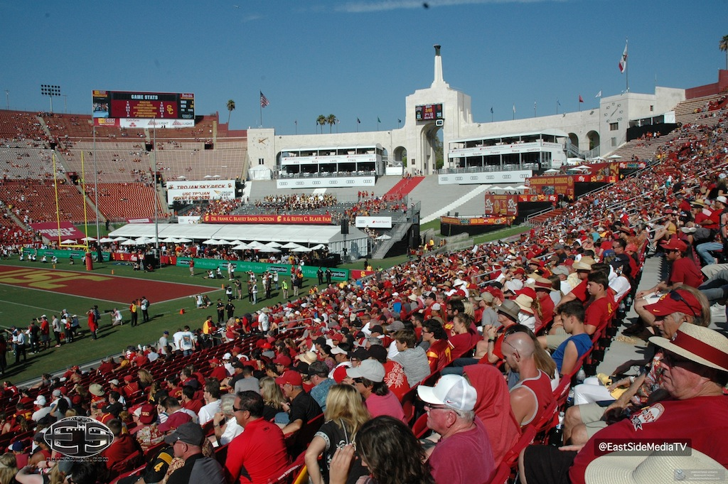 No. 15 USC football breaks free late to defeat UNLV in season opener