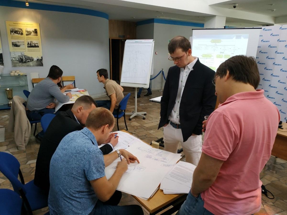 Обсуждение задач предприятия на обучении