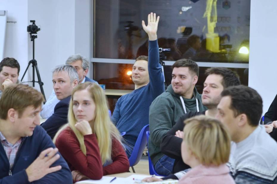 Участники практикума задают вопросы