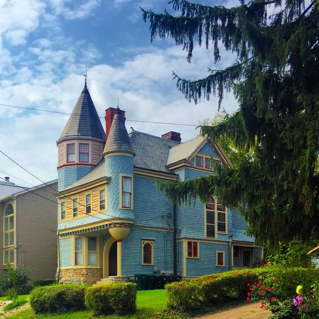 housing option in East Walnut Hills, Cincinnati