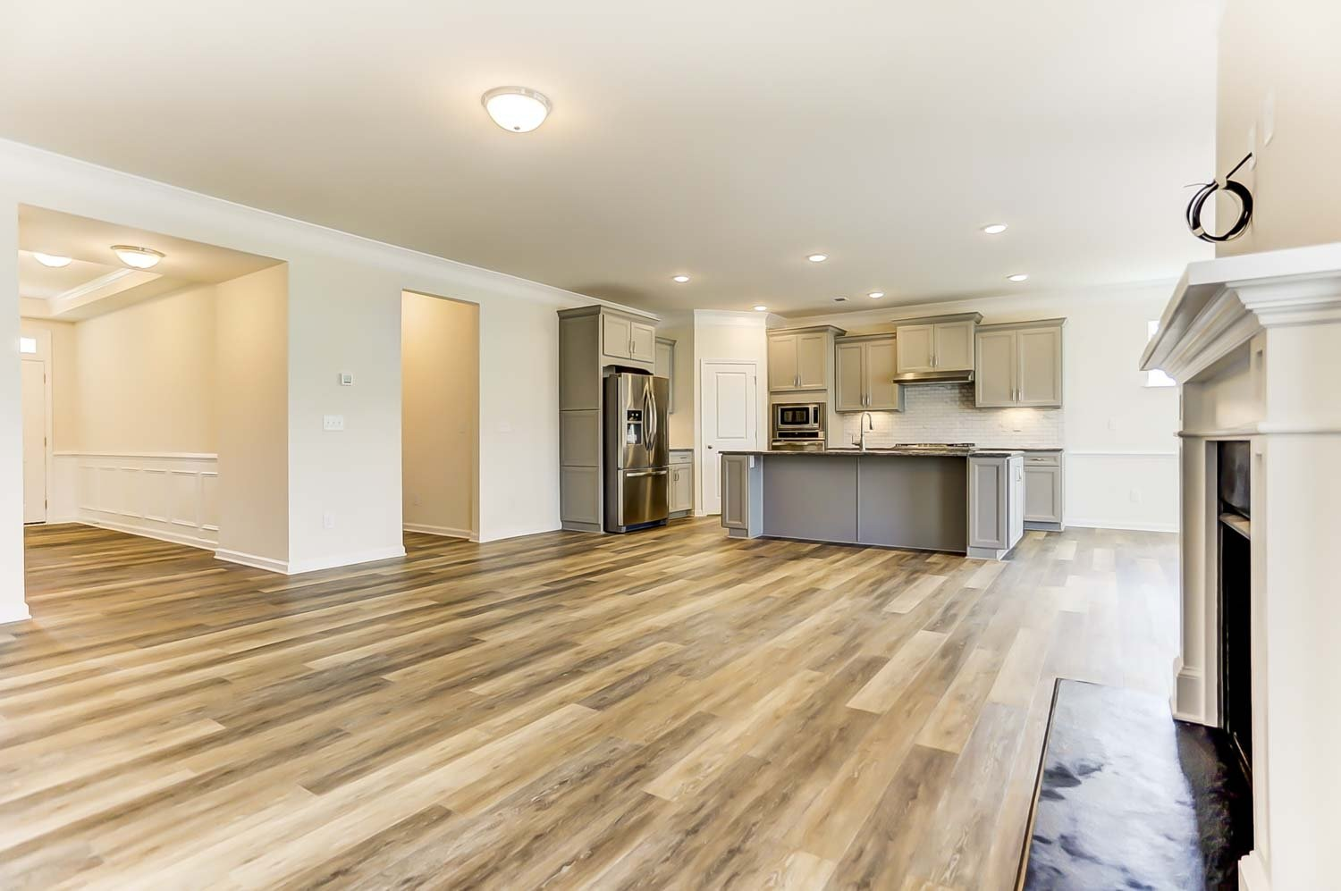 How Much Does Vinyl Plank Flooring Expand And Contract