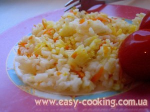 Рис з морквою та цибулею