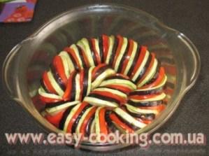 Овочі на рататуй, нарізані кружечками