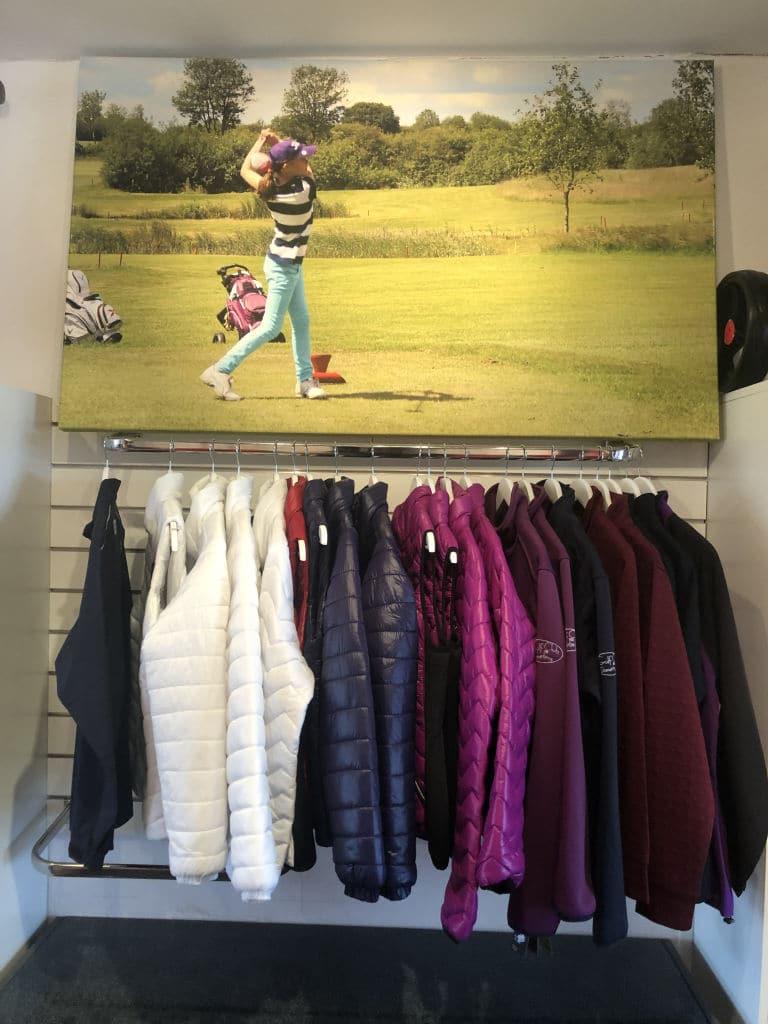 Golf Pro Shop IMG 4457 April Golf Angebote & News