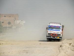 Kylä hukkuu pölyyn Biharissa