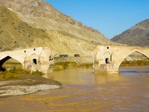 Sillan rauniot Pohjois-Iranissa