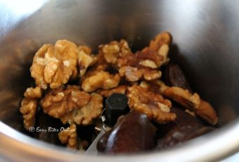grind the walnuts and dates to form a paste