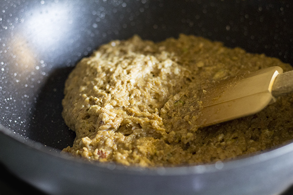 mixture-thickening-for-dark-chickpea-flour-oats-burfi-recipe