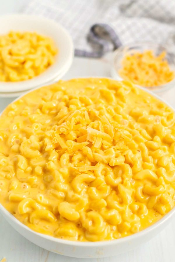 Overhead picture of Mac and Cheese in a white serving bowl.