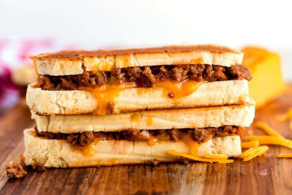 Close up picture of grilled cheese sloppy joes.