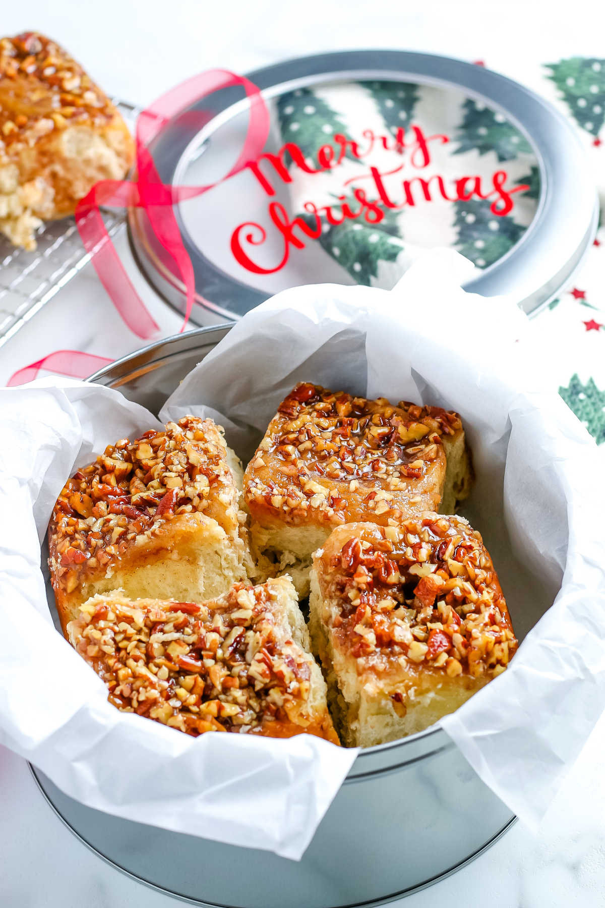 This Pecan Sticky Buns recipe has an enriched dough and a scrumptious caramel-pecan sticky topping. These are always a hit every time we make them. via @easybudgetrecipes