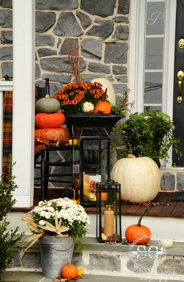 30 Eye-Catching Outdoor Thanksgiving Decorations Ideas ... on Patio Decorating Ideas With Lights  id=29587