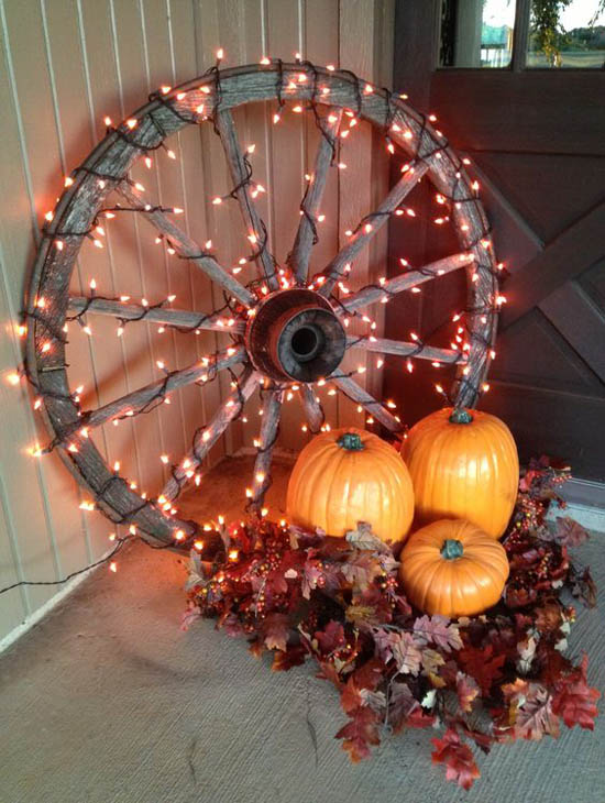 30 Eye-Catching Outdoor Thanksgiving Decorations Ideas ... on Patio Decorating Ideas With Lights  id=45163