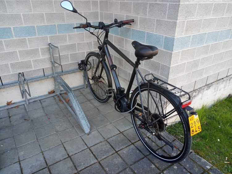 Easy E-Biking - speed e-bike with license plate, helping to make electric biking practical and fun