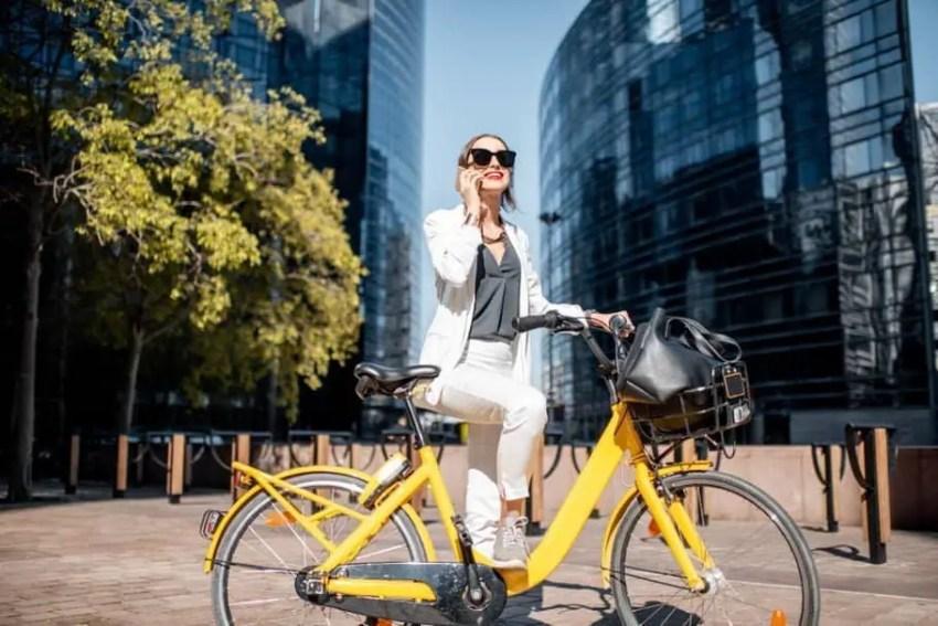 Easy E-Biking - Electric Bikes: Do We Launch or Not?